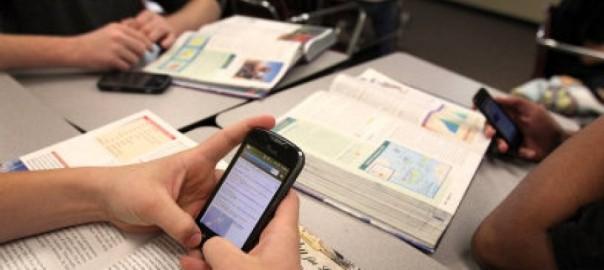 Smartphone usato per studiare